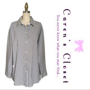 NWOT Layfayette 148 Gray/White Stripe Helen Blouse